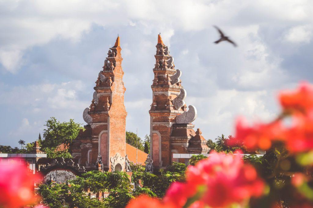 バリ島旅行で現金を調達する方法